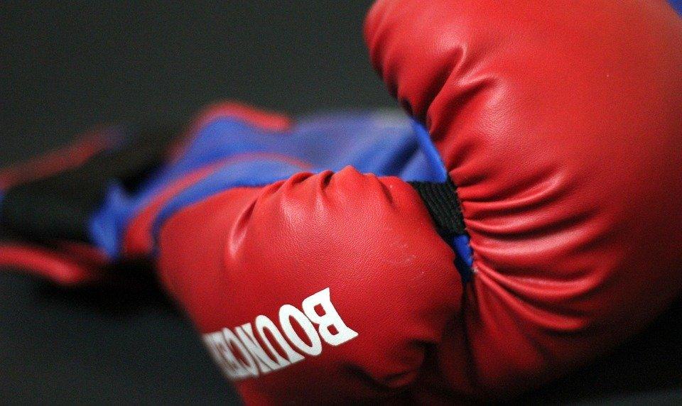 boxer, injury, athlete, sports, fighting