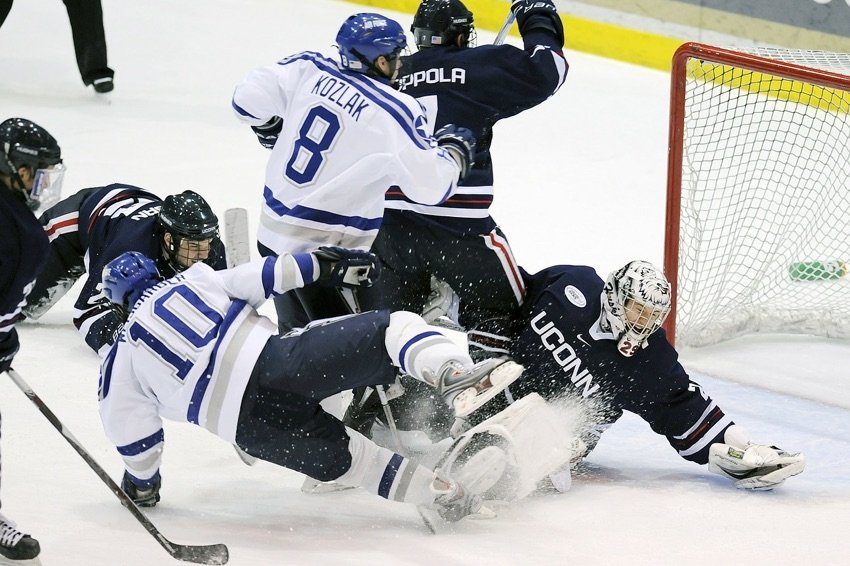 Chicago Chiropractic Treatment for Hockey Players
