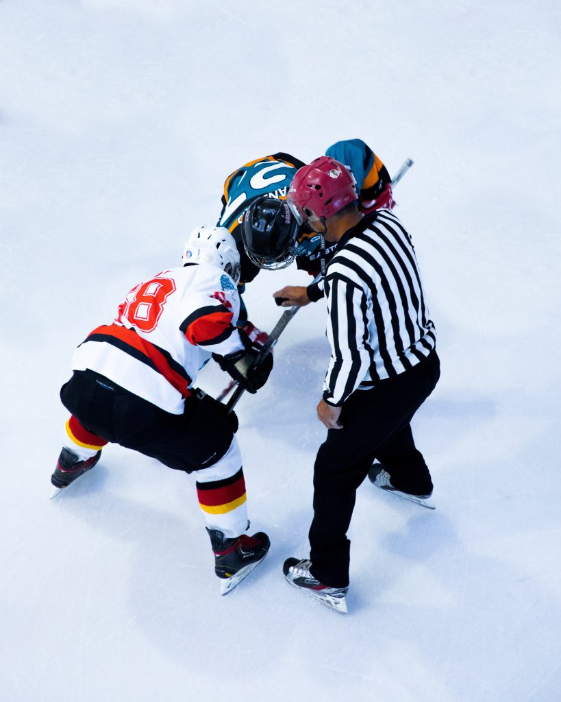 Hockey Injury Sports Chiropractor in Chicago