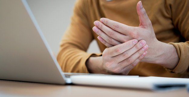 Carpal Tunnel Syndrome Treatment in Chicago IL