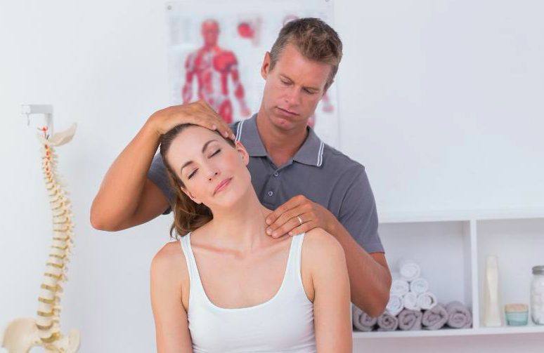 Neck & Should Pain Chiropractic Treatments in Chicago